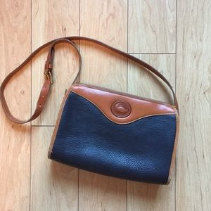 Vintage Dooney & Bourke Crossbody
